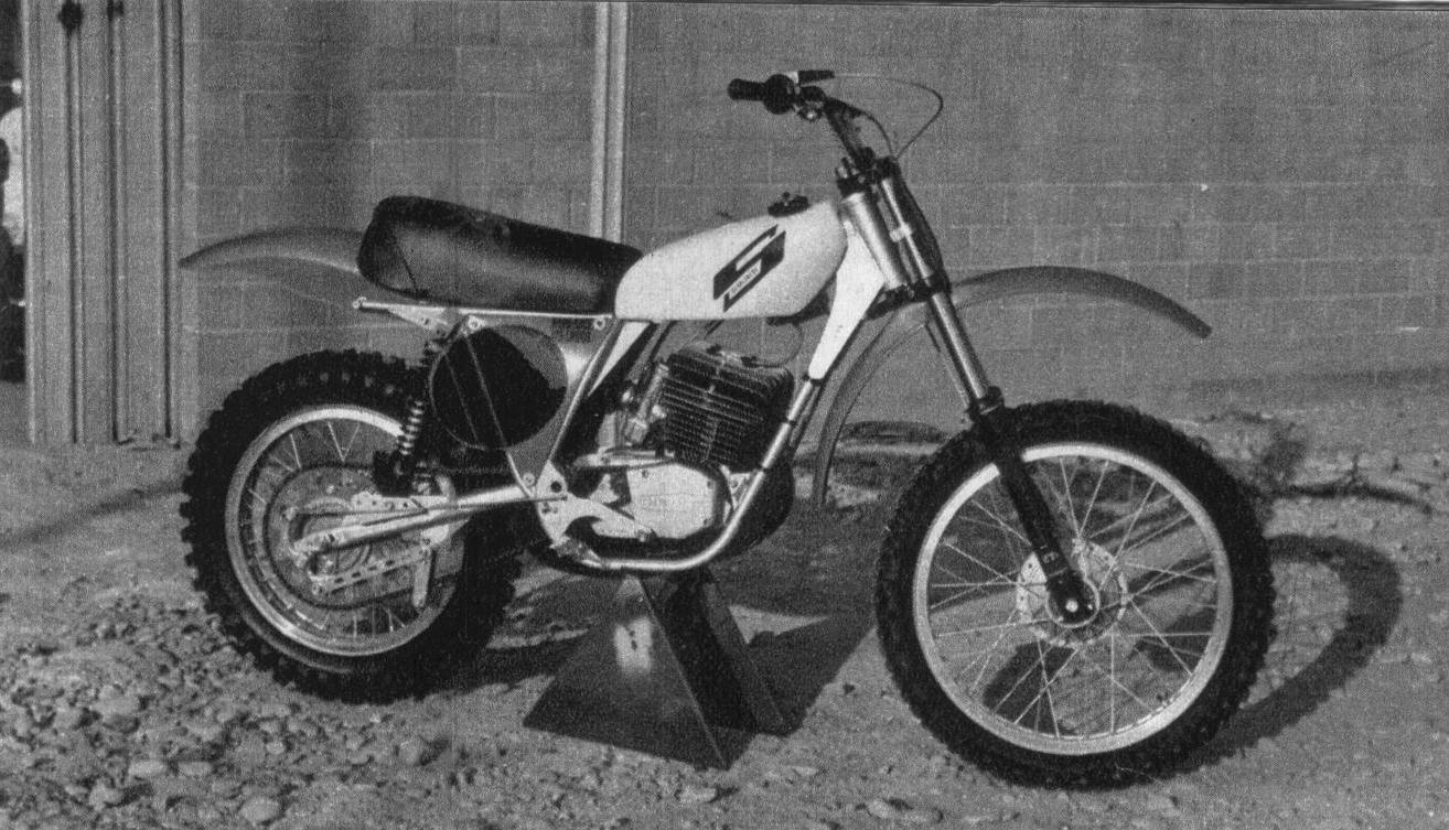 hard race 125 cross 1975
